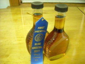 dufresnes-sugar-house-first-prize-winning-maple-syrup-cummington-fair
