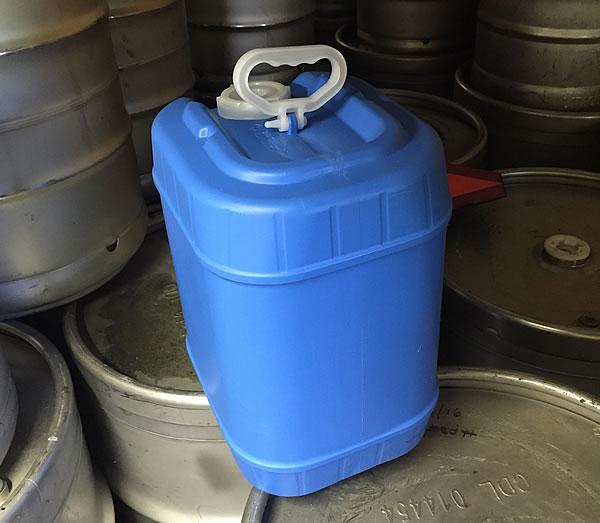 blue-five-gallon-maple-syrup-container-wholesale